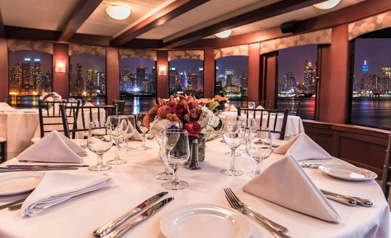 Five-Star Cuisine on a Yacht - New York Yacht Lexington