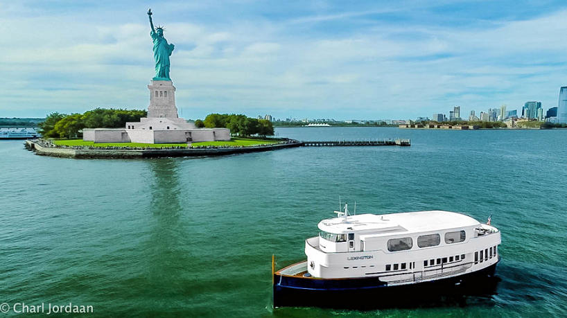 New York Charter Yacht Lexington