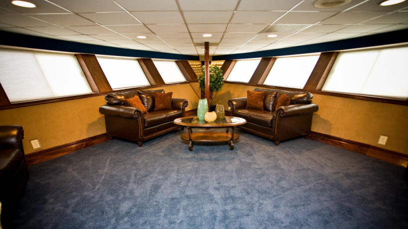 Charter Yacht Hornblower Serenity Lounge