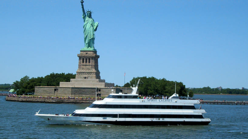 Charter Yacht Spirit of New Jersey Exterior