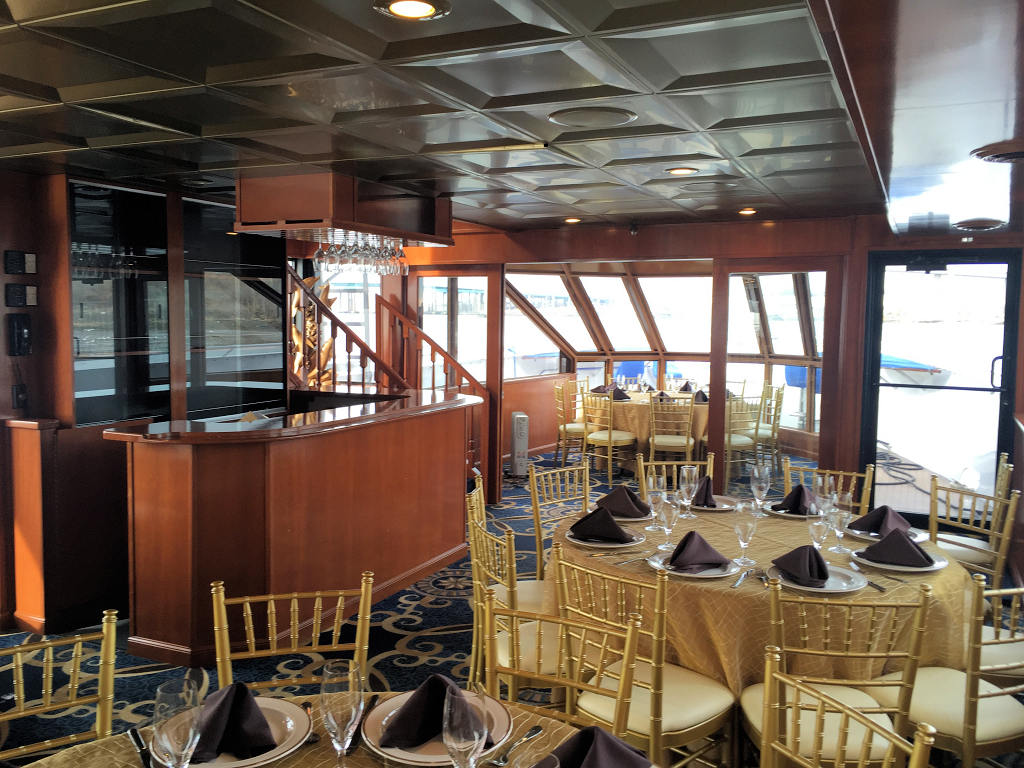 Sundancer Charter Yacht Prestige Yacht Charters